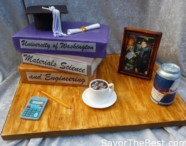 Desk top grad cake