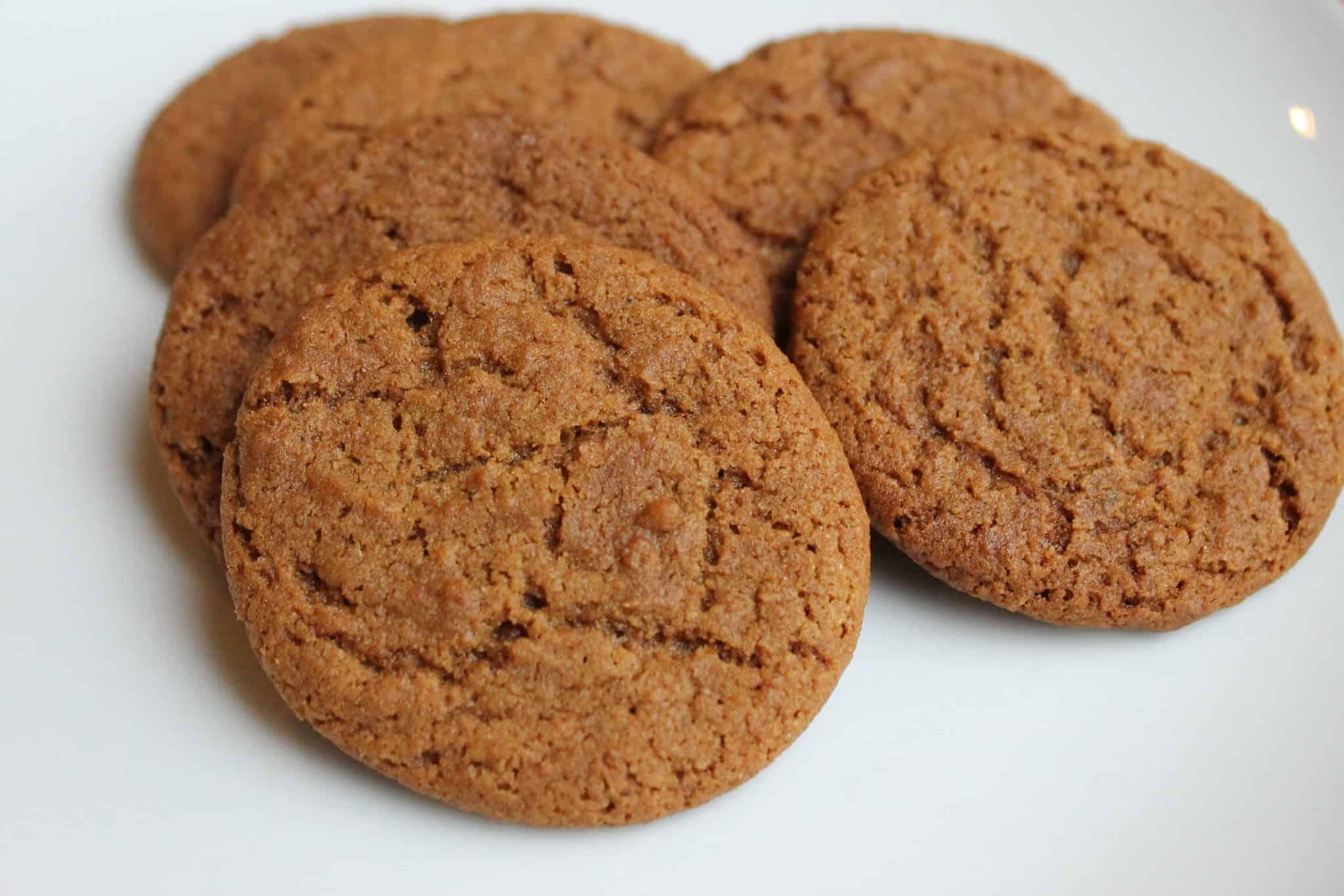 Gingersnap Cookies - Savor the Best