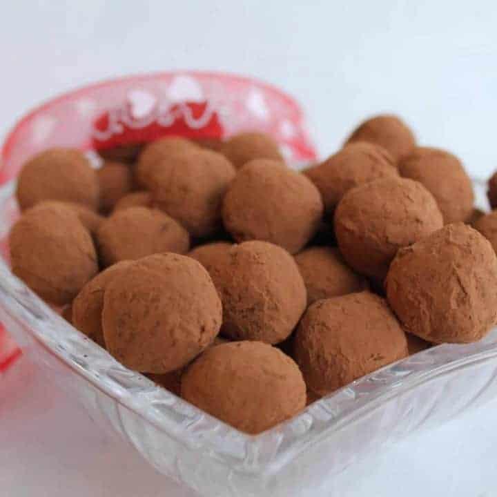 Dark-chocolate-truffle