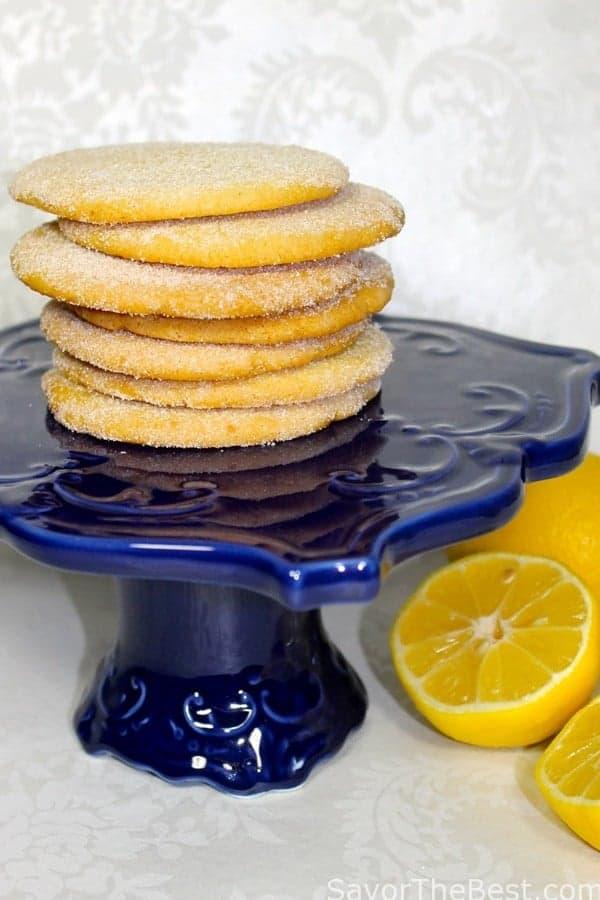 Crisp-Triple-Lemon-Cookies