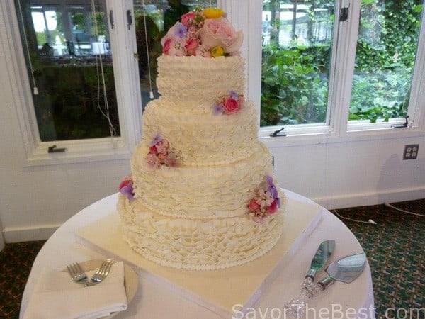 Fondant Ruffle Cake Design