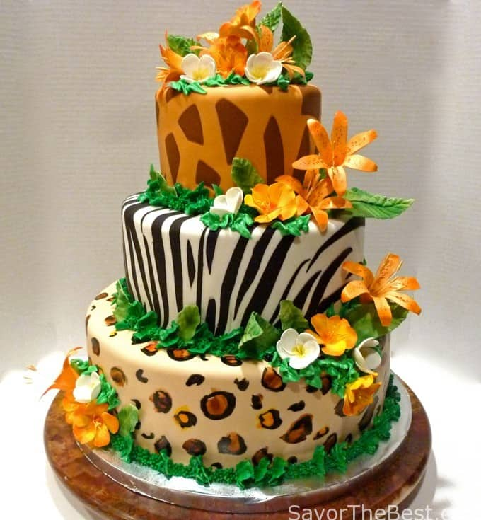 tropical jungle cake design