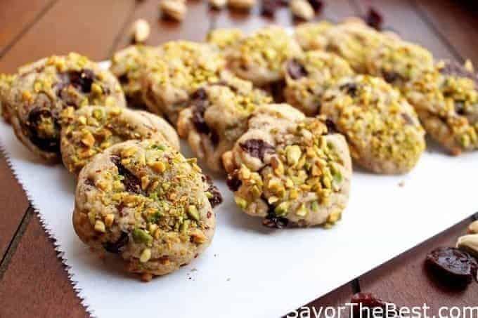 pistachio cherry cookies