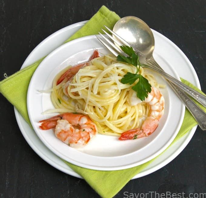 Lemon-Garlic Shrimp Linguini