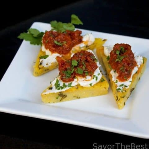 Polenta Points with Sun Dried Tomato Pesto