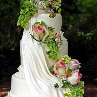 cascading flowers cake design