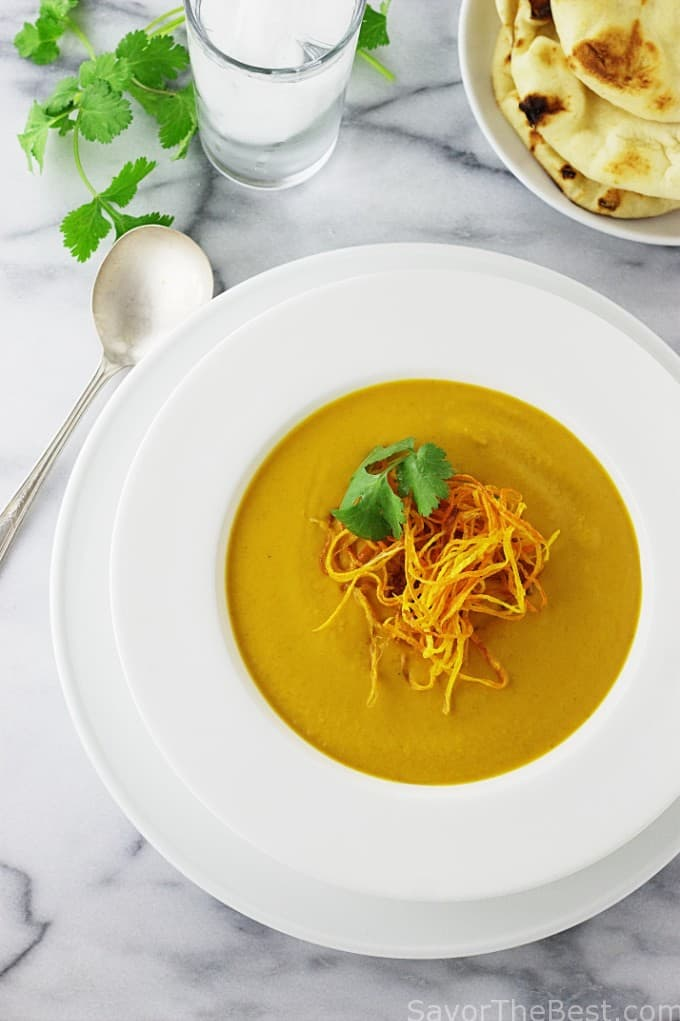 Madras curry powder gives this butternut curry soup a special taste of India.