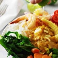 Thai Spicy Shrimp Rice Bowl