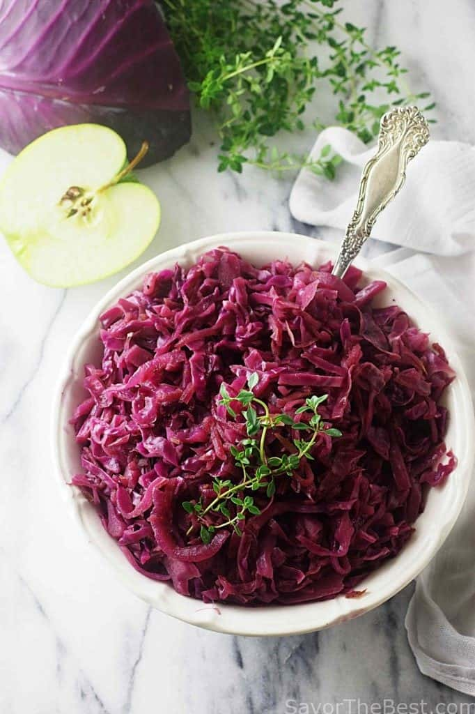 Red Cabbage with Apples