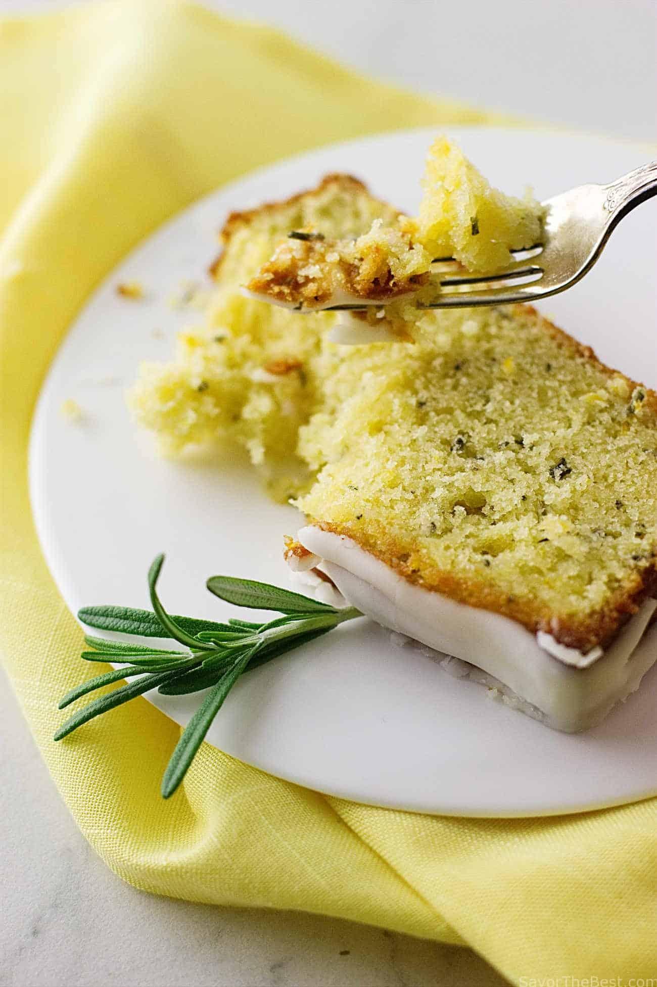 Einkorn Lemon Cake