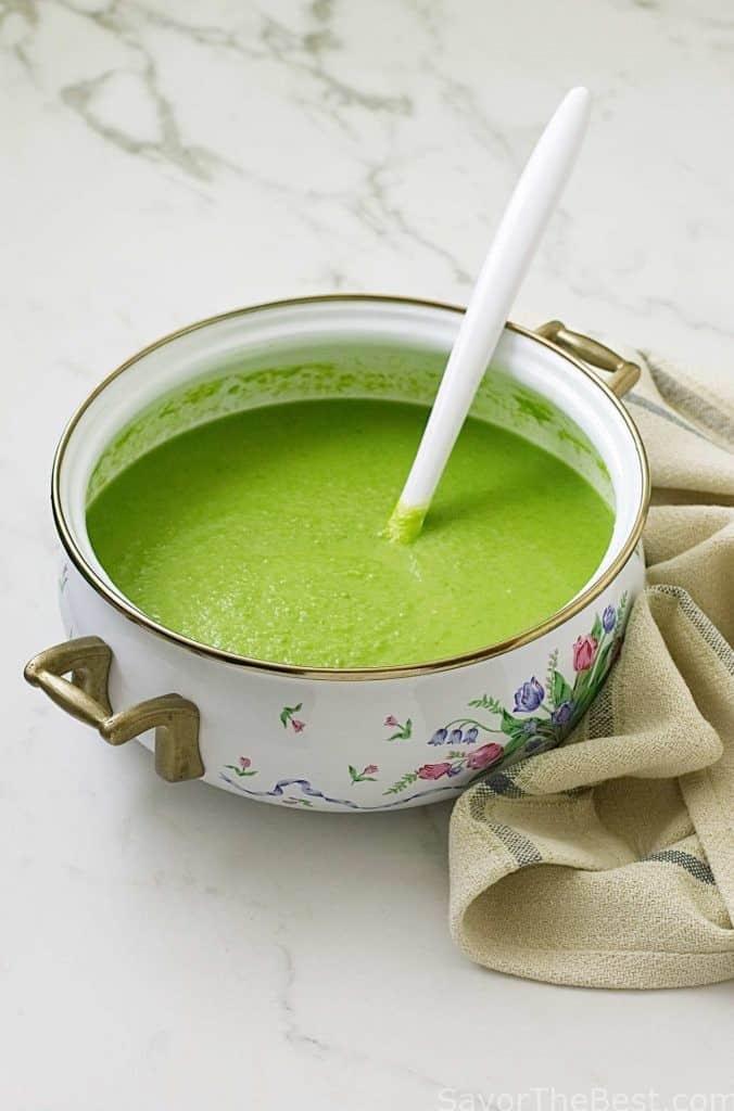 Soup pot of pea soup