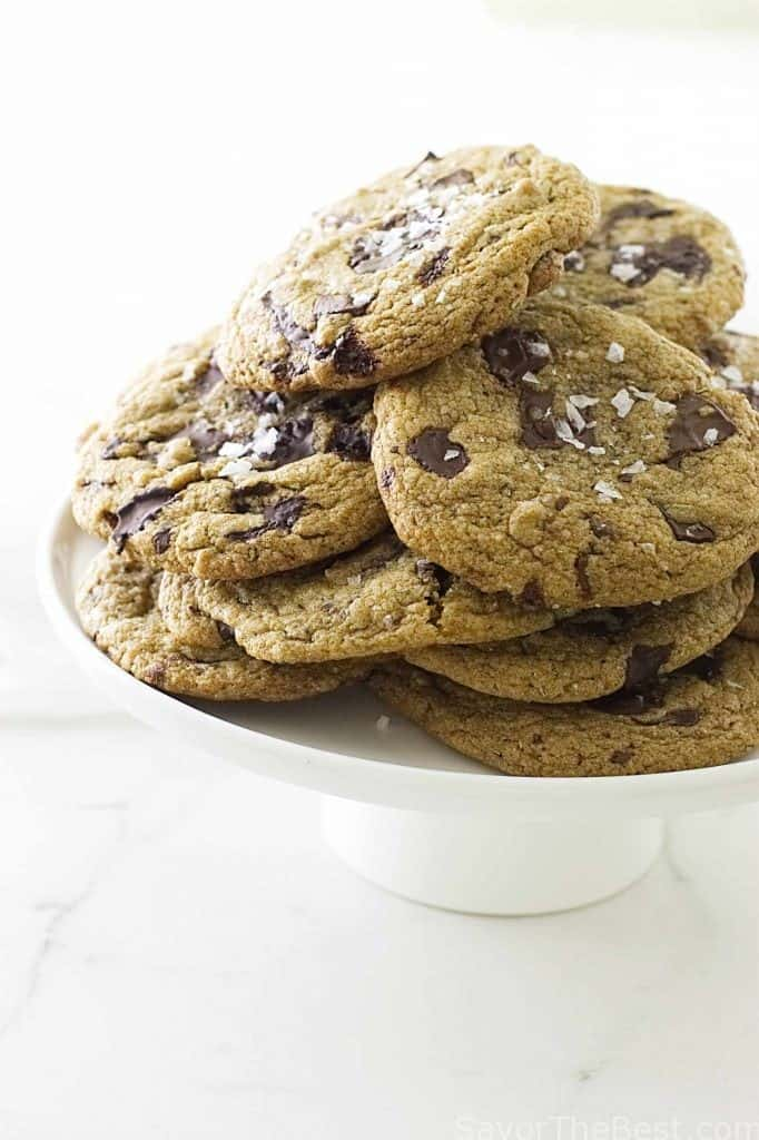 sprouted spelt rosemary cookies with chocolate chunks