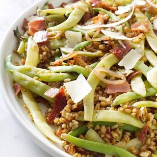 Dragon tongue beans with pancetta and farro