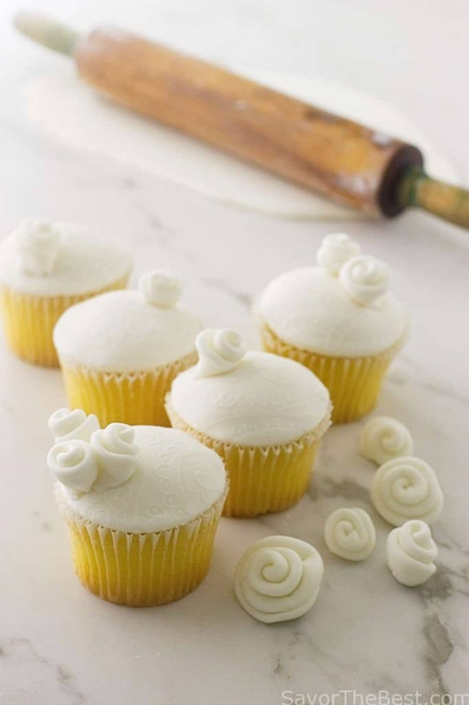 Cheap And Easy Marshmallow Fondant Savor The Best
