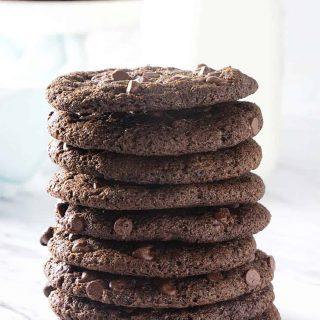 Crispy Double Chocolate Cookie