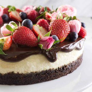 Bourbon vanilla cheesecake with chocolate ganache