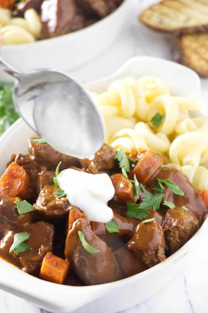 adding sour cream to venison goulash