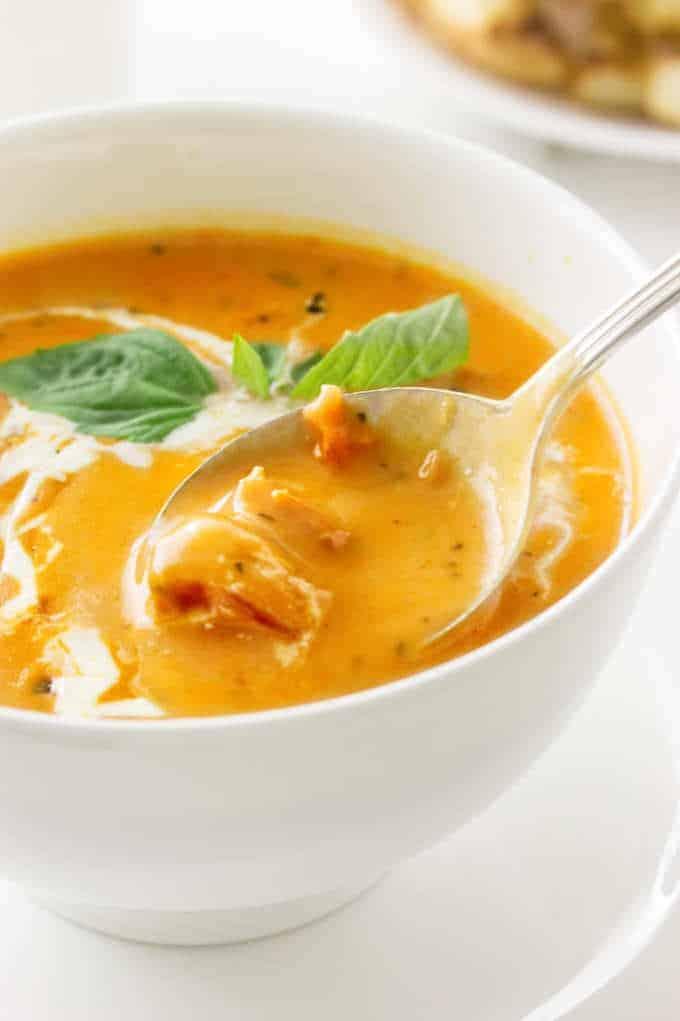 Creamy Roasted Tomato-Basil Soup