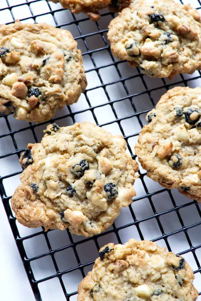 blueberry granola cookies