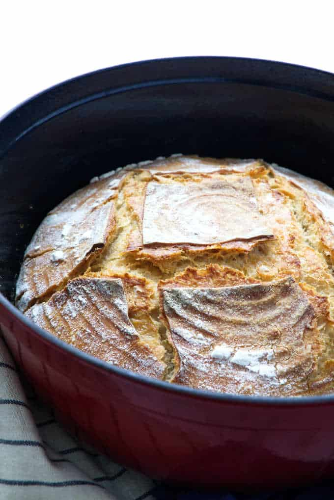 Einkorn sourdough in a Dutch oven