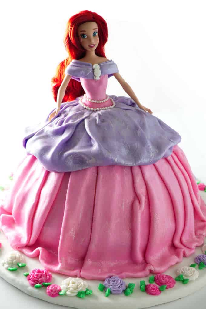 front view of doll cake