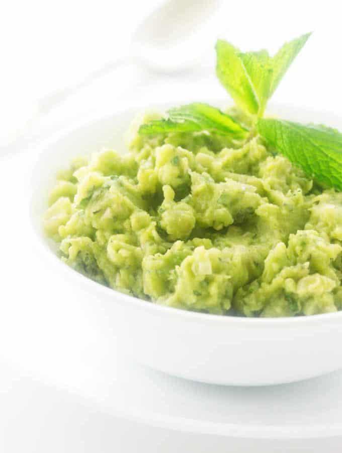 Mushy peas in a serving dish
