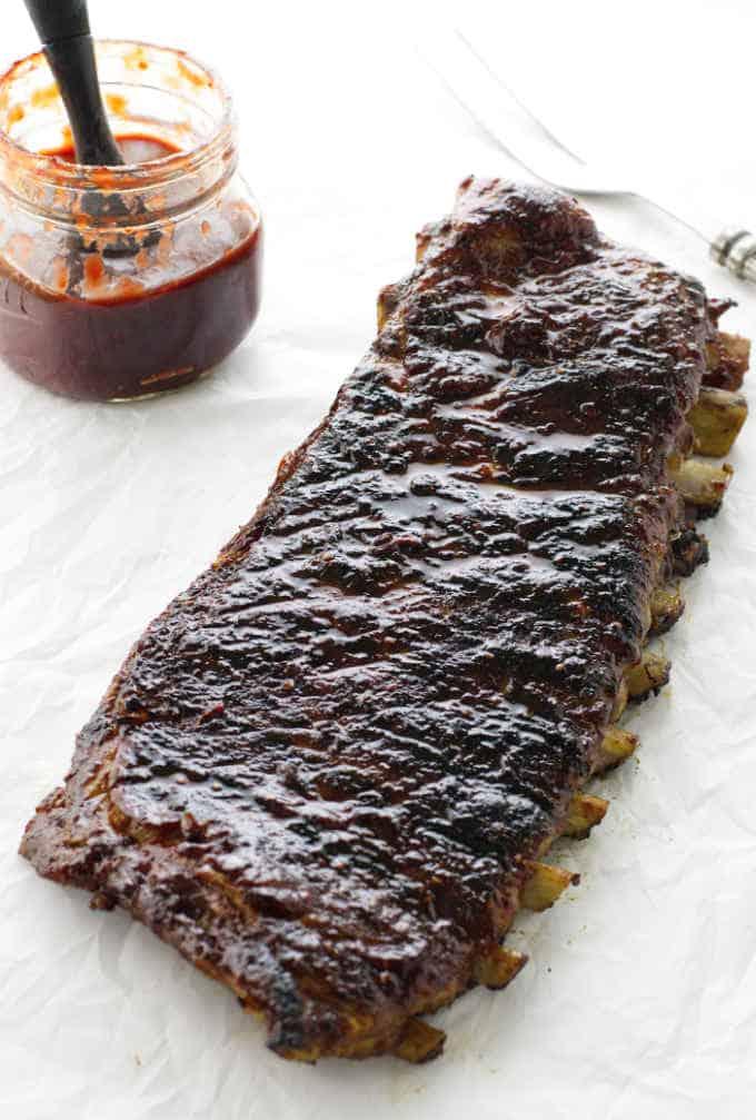 BBQ pork ribs with raspberry chipotle sauce