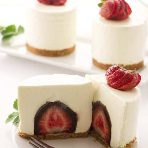No Bake Cheesecake with a Surprise Inside