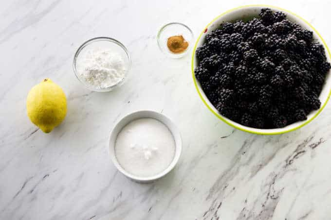 ingredients for the filling for a blackberry crumble