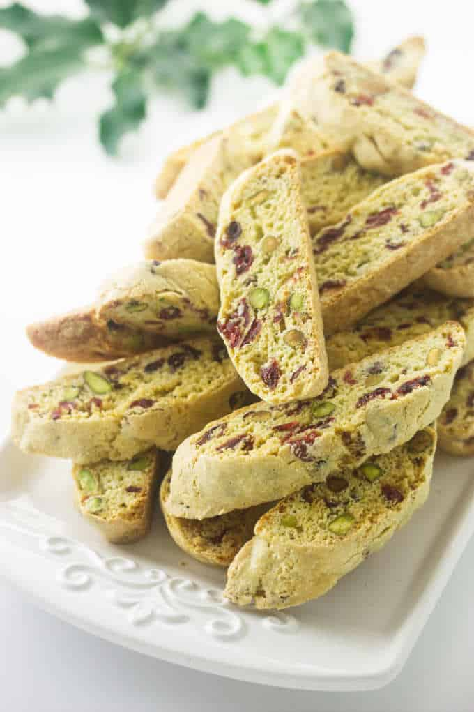 A plate of Biscotti