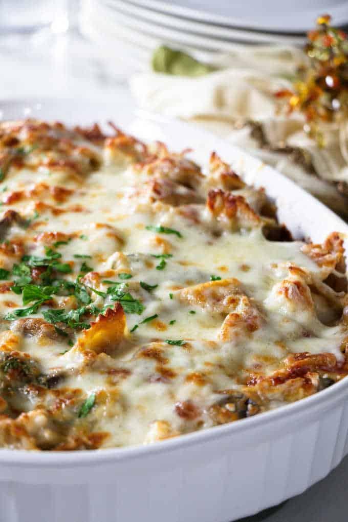 close up shot of a turkey pasta bake