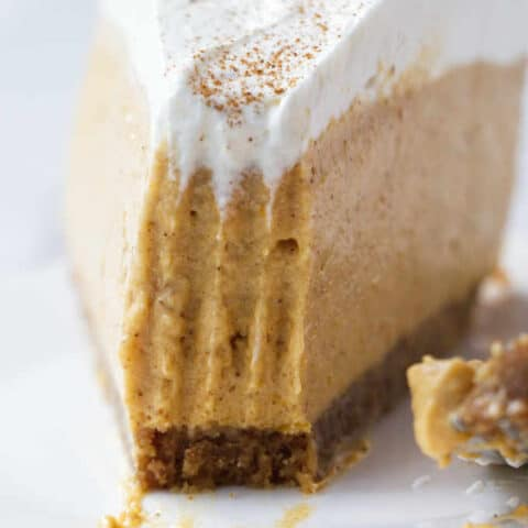 No-Bake Pumpkin Cheesecake Recipe (VIDEO)