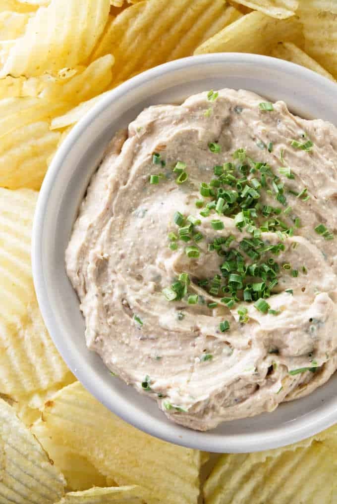 French onion dip with chives on top.