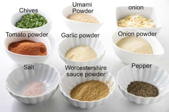 A photo of all the ingredients in onion soup mix.
