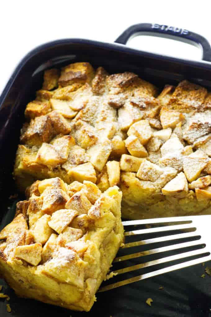 Serving of French Toast casserole being lifted from baking dish