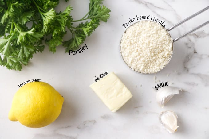 ingredients needed for crispy lemon garlic panko bread topping.
