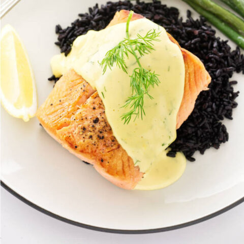 Pan-Seared Salmon with Dill Hollandaise Sauce