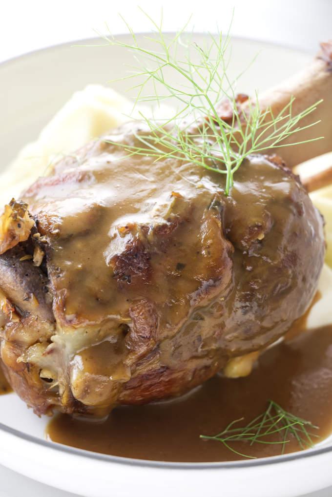 Braised pork shank with gravy