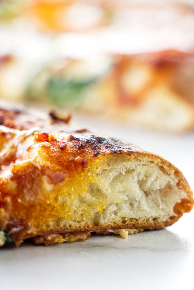 A photo of a baked pizza crust.